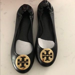 Never Been Worn Tory Burch Black Flats
